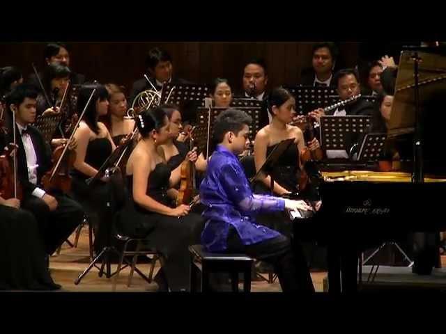 Rachmaninoff - Piano Concerto No. 2 in C minor, Op. 18, 2nd mvt. - Enzo the MSO » Freewka.com - Смотреть онлайн в хорощем качестве