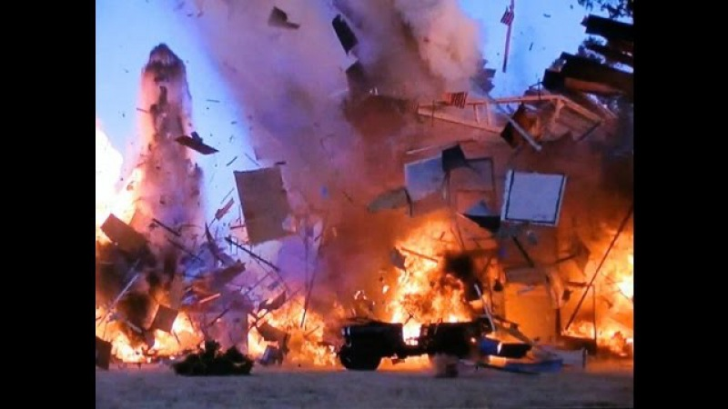 Накрыло.Съёмка из эпицентре удара МИ 24. Сирия.