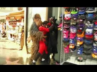 Chewbacca Stops Mr Incredible Vs Batgirl Fight | FULL VIDEO