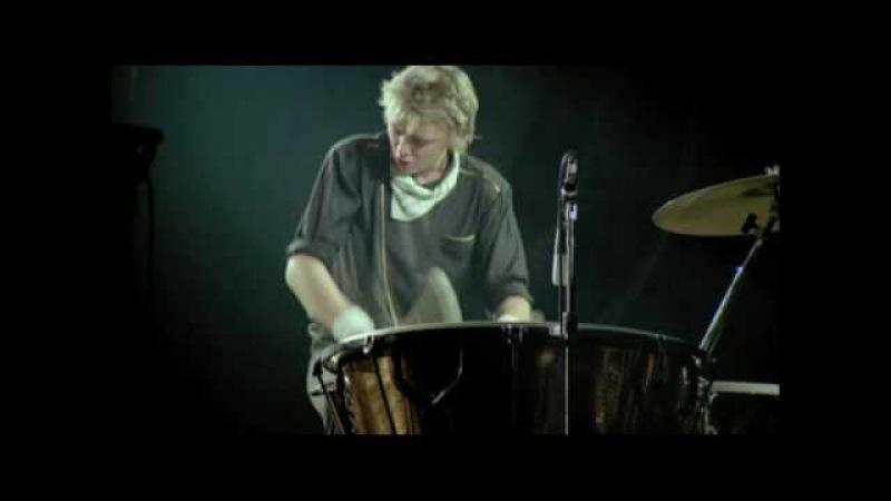 Roger Taylor's Drum Solo Queen Rock Montreal 1981