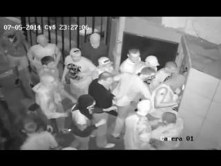 ~Украинских националистов не пустили в гей-клуб Помада Киев 5 июля 2014