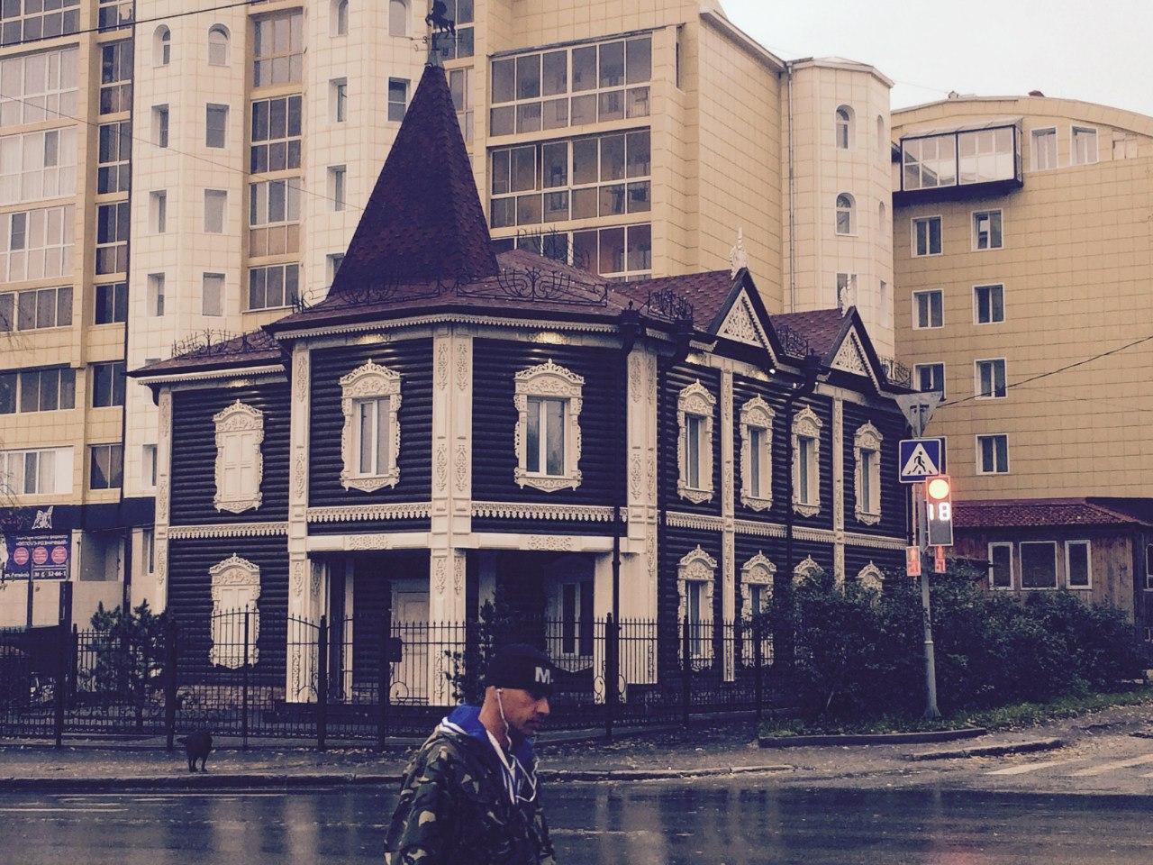 Почему в Томске не сносят самострои. Кто стоит за зданиями, которые построены в городе самовольно?