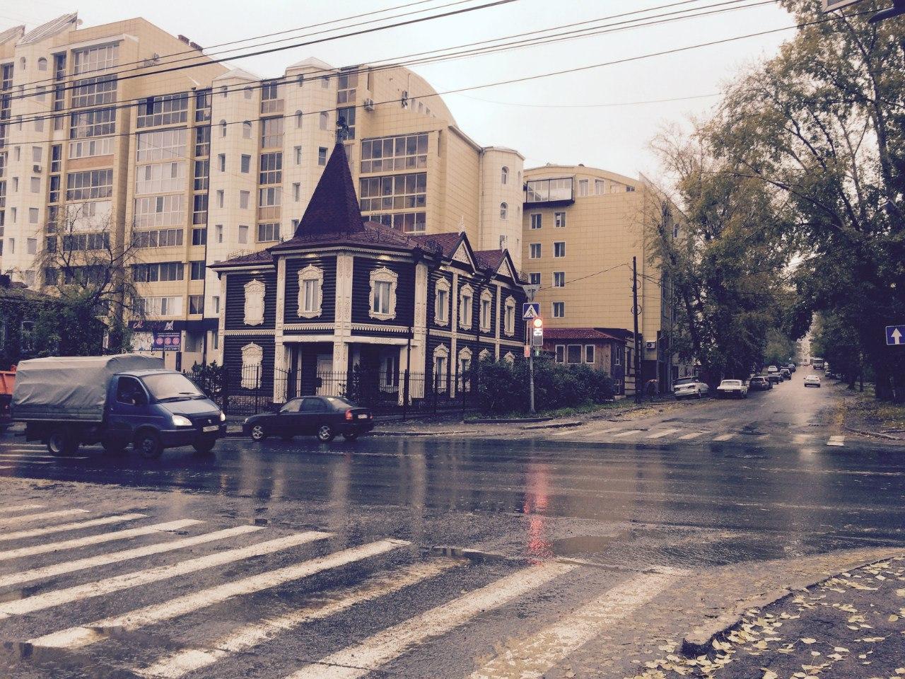 Ситуация со сносом деревянного здания по улице Красноармейской 12а, начинает напоминать гротескный абсурд