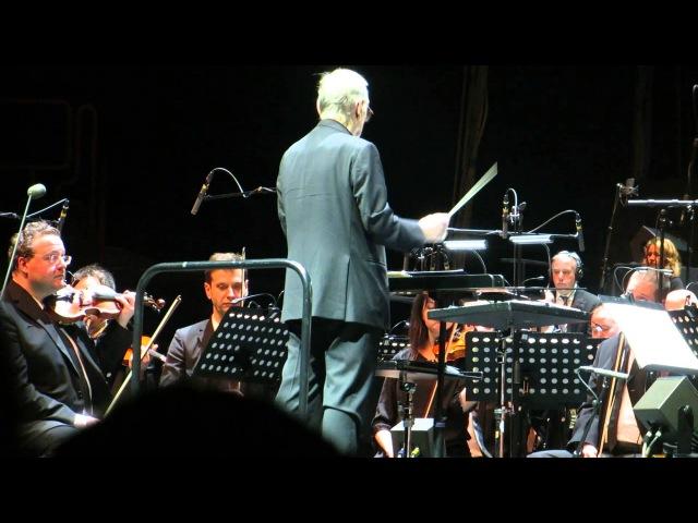 Ennio Morricone Chi Mai (Le Professionnel) - Live @ Bercy, Paris - 04022014 [HD]