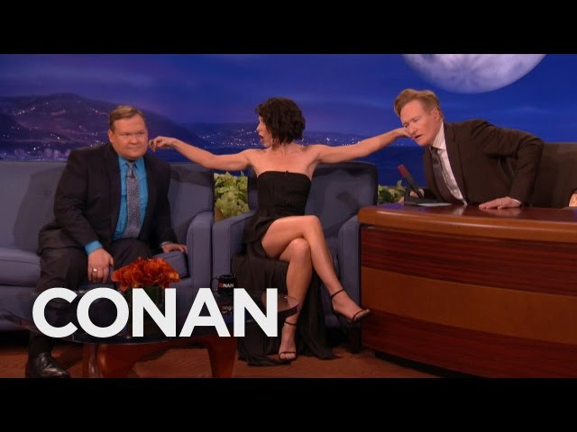 Evangeline Lilly's Ear Fetish CONAN on TBS