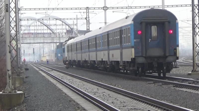 Vlaky ve stanici Brno hlavni nadrazi 9h - 11h 2.3.2015