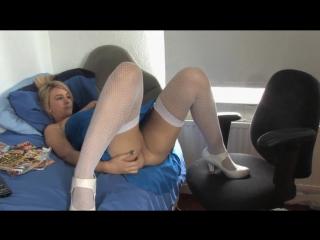 trahnul-buhuyu-porno-russkie