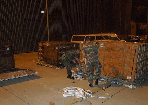 الجيش اللبنانى يتسلم مجموعة من الصواريخ الأمريكية المضادة للدروع  . A_USlo2pZU8