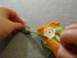 Аппликации крючком цветы и листья.