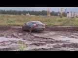 Audi  Тест драйв по грязи