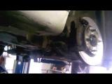 Замена передних колодок на Nissan tiida