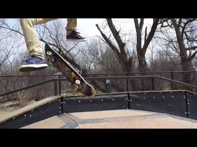 Slow motion hardflip late kickflip by Joe Vizzaccero