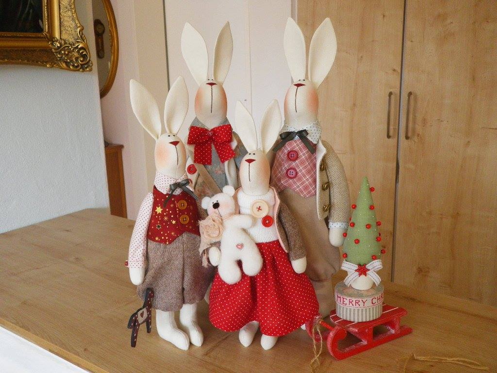 семество зайцев