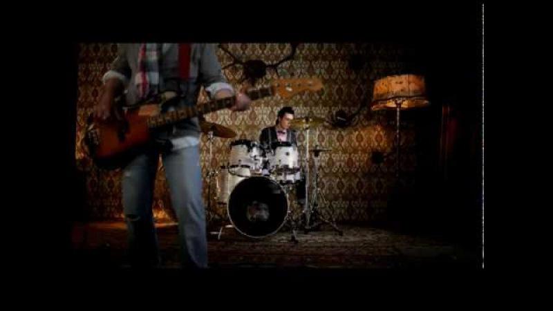 Группа Градусы - Кто ты (Официальный клип!)