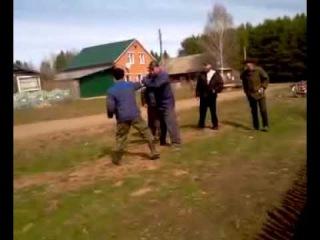 Смешная деревенская драка \ Funny rustic brawl