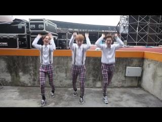 SUPER JUNIOR-D&E (CHOK CHOK DANCE) -- EXO , SHINee ,F(X) , Red Velvet ,SNSD(TTS) ,BoA