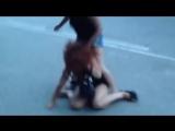 Драка проституток на трассе