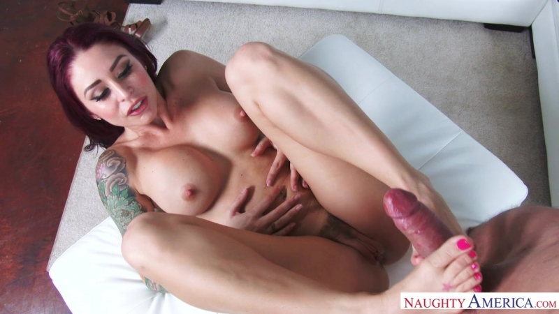 Naughty America: Monique Alexander Alec Knight ( Housewife 1 on