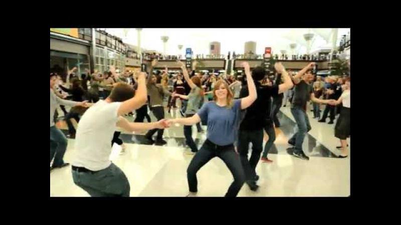 Denver Airport Holiday Flash Mob