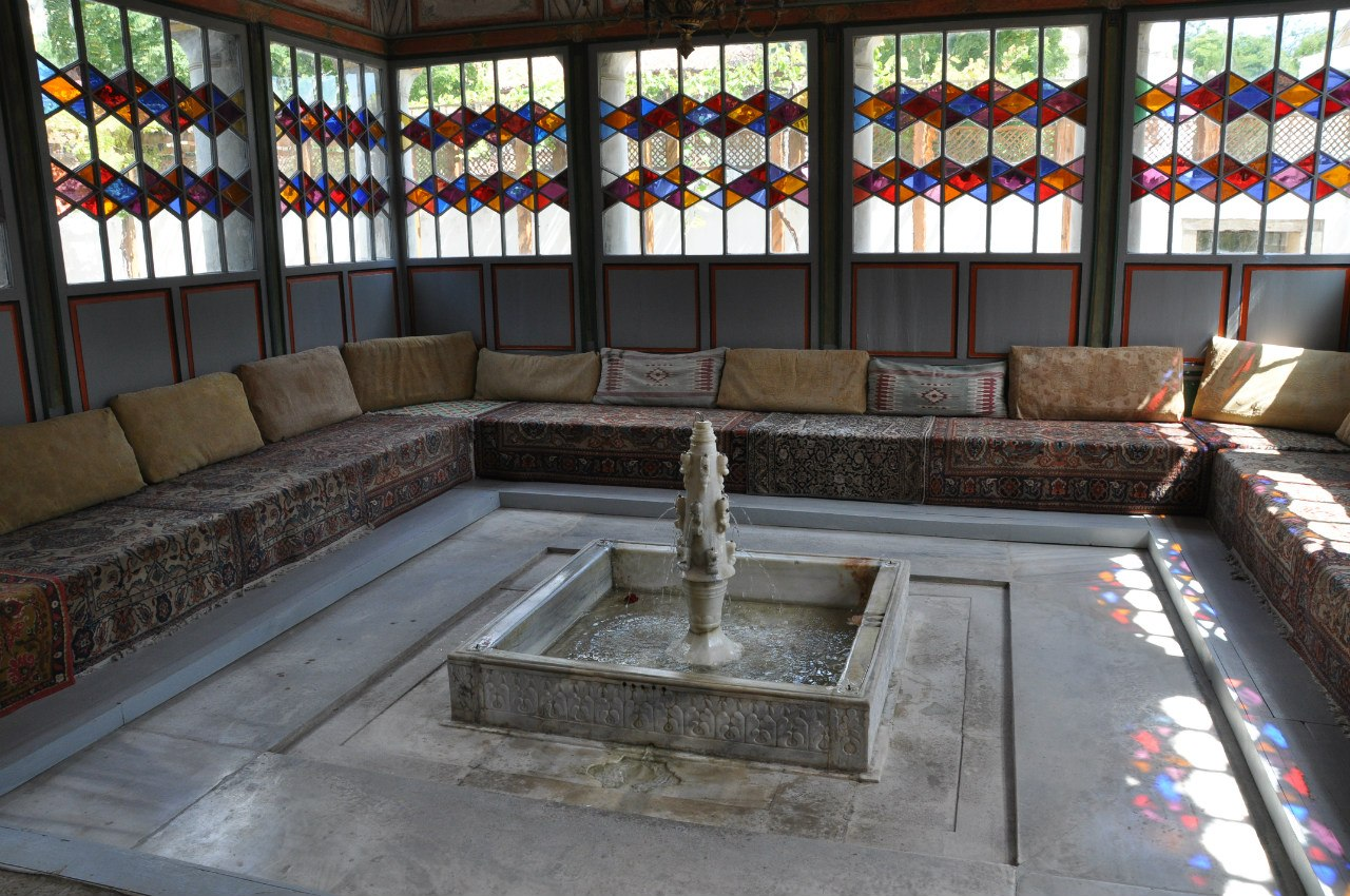 Бахчисарайский Хан сарай - зал диванов