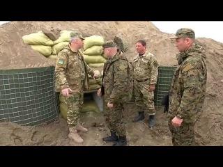 Турчинов испытал возводимые на границе с Донбассом оборонительные сооружения .