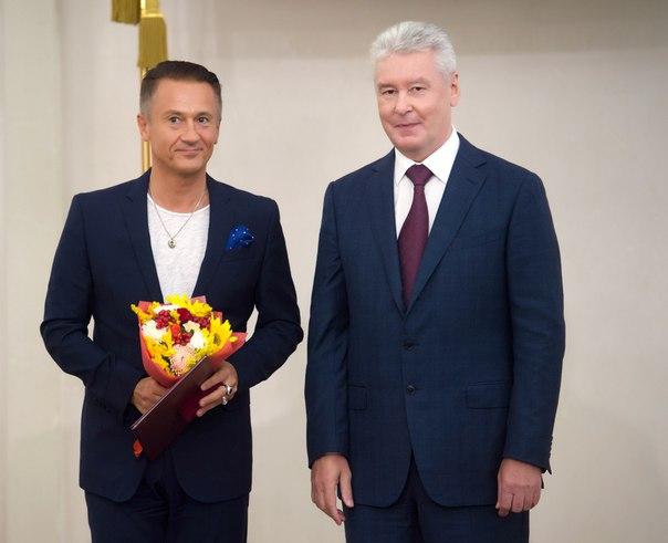 Олег Евгеньевич Меньшиков 7zzipgigxtU