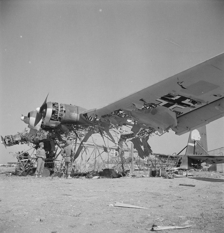 Messerschmitt-me-323e-2-gigant-transport-01png