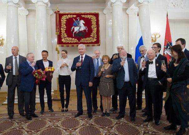 Олег Евгеньевич Меньшиков YZ4xeSh8Z7k