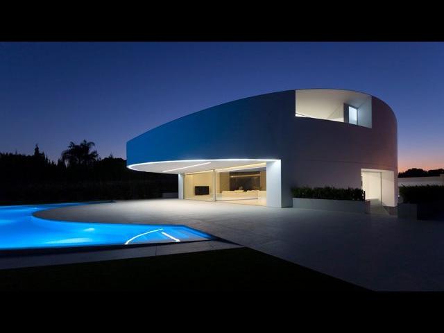 Casa Balint | Balint House by Fran Silvestre Arquitectos