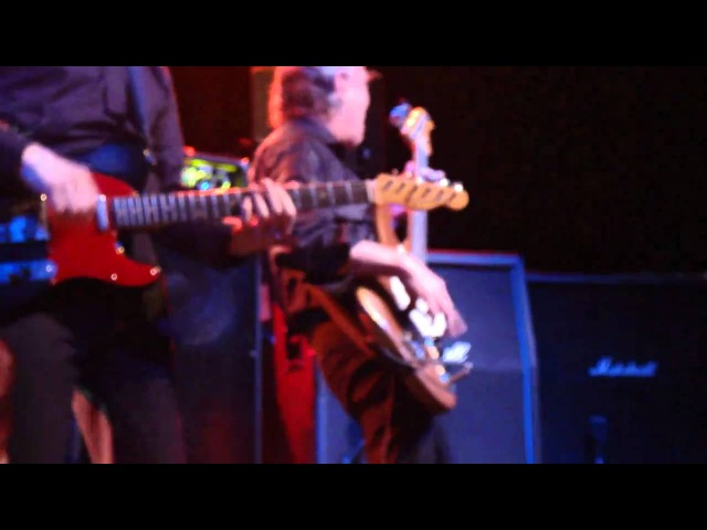 JJ BURNEL AND BAZ WARNE NUDE CAMEO DURING WILKO JOHNSON BAND 2011