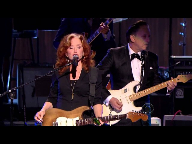 Bonnie Raitt, Tracy Chapman, Jeff Beck and Beth Hart - Sweet Home Chicago (2012)