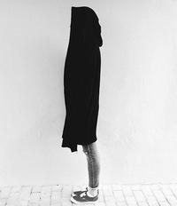 Шахтинск.  Добавлено: в 01:07, 26 февраля 2015.  Мантия, толстовка-плащ с капюшоном.