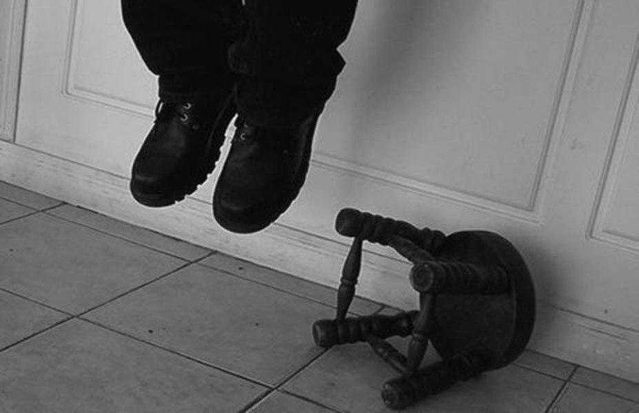 Под Таганрогом в Ключниковой Балке повесился 13-летний подросток