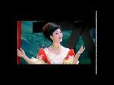Калинка -малинка) Исполняет китайская певица Чжан Хуамин