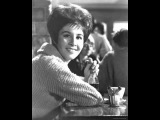 Helen Shapiro - Walk On By