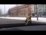 Скутерист зимой не реально?! В Москве реально!) ПСИХ! :)