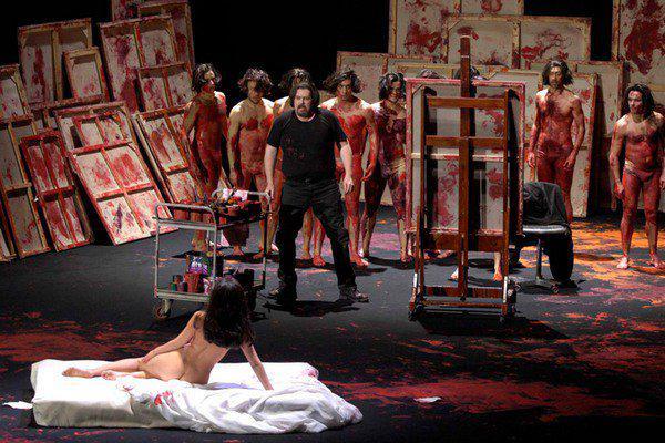 golie-akteri-v-teatre