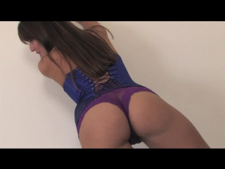 Goddess ashton - ass worship (ass sniffing)