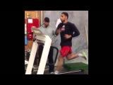 Амир Хан готовится к бою против Криса Алгиери [Functional workout]
