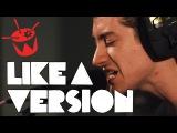 Arctic Monkeys cover Tame Impala 'Feels Like We Only Go Backwards'