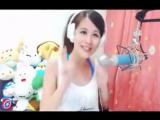 Японочка исполняет PULCINO PIO - Puiul Piu
