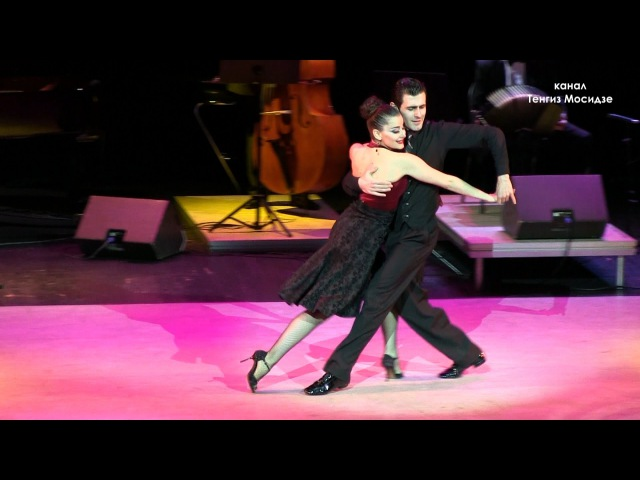 Milonga Flor de Monserrat. Fernando Gracia and Sol Cerquides with Solo Tango orchestra. Танго.