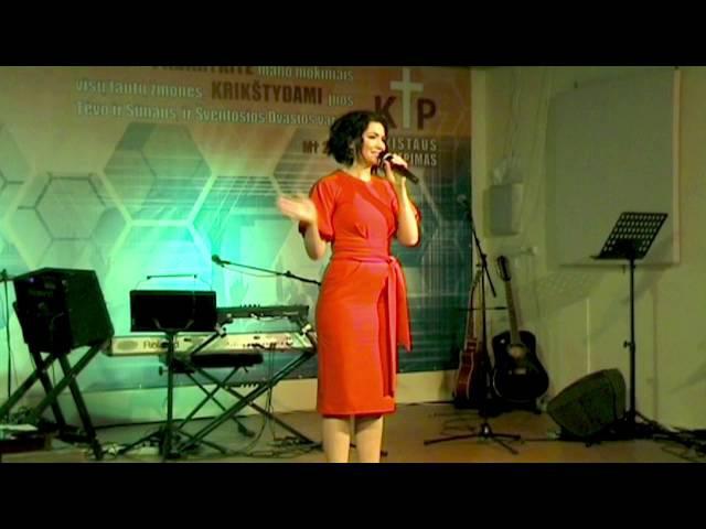 2015 07 12 Kristina Oselsky koncertas Vilniaus bažnyčioje Kristaus Paliepimas