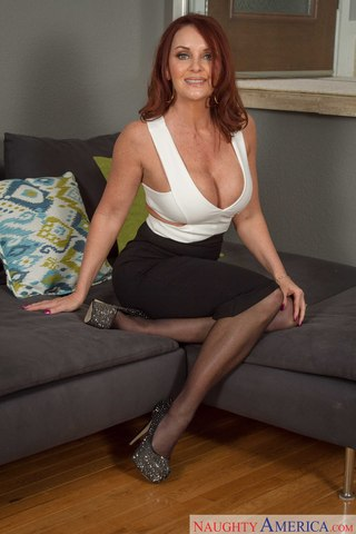 Mature Nylons Sex 68