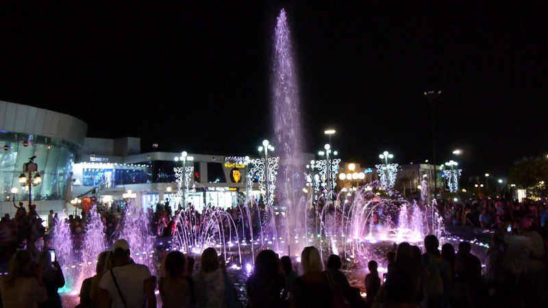 Египет Шарм эль Шейх SOHO Squaree поющий фонтан
