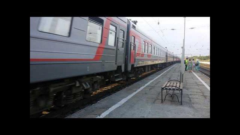 ЭД9М-0096 и ЭП1М-623 на ст. Персиановка
