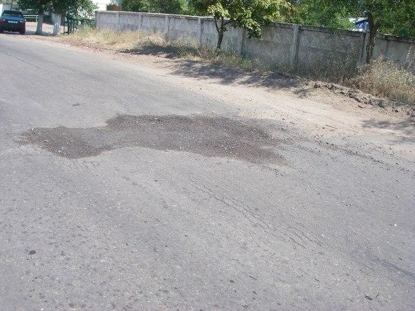 yZD4Q-Gl20o Белгород-Днестровский: коммунальщики всерьез занялись благоустройством города