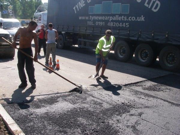 QXMwlkjEoKk Белгород-Днестровский: коммунальщики всерьез занялись благоустройством города