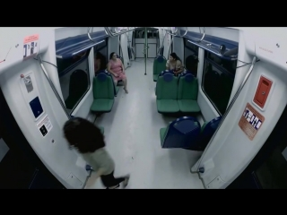Зомби в метро! Самый жестокий пранк розыгрыш 2015 года!
