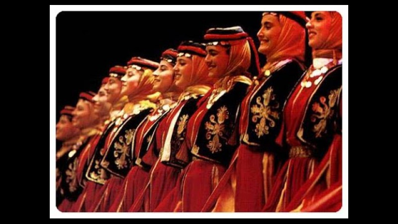 Halay (Amazing Anatolian folk dance)